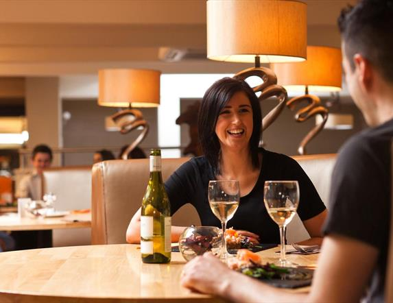 White Horse Hotel - 68 Clooney Restaurant