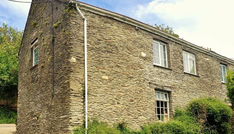 Trimstone Manor