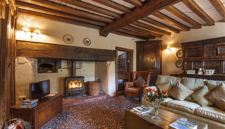 holyford living room