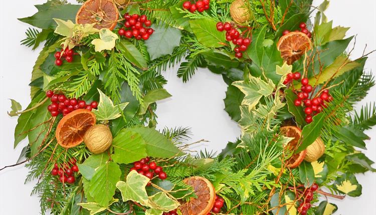 Traditional Christmas Wreaths