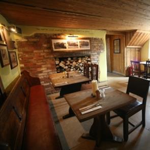 Cosy Dorset pub dining room