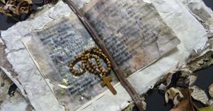 Sarah's Prayer Book by Jan Edwards