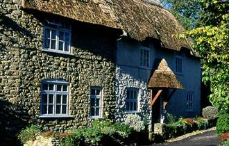 Burton Bradstock, Dorset