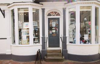 St Alban Street Gallery and Weymouth Woollies