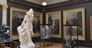 Russell-Cotes Art Gallery and Museum Bournemouth Gallery 1