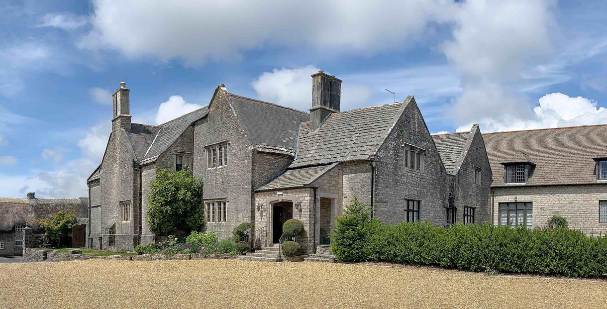 Outside and Entrance of Mortons Manor