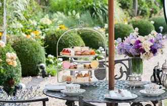 Summer Lodge Country House Hotel, Spa & Restaurant