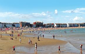 Family fun, Weymouth Beach