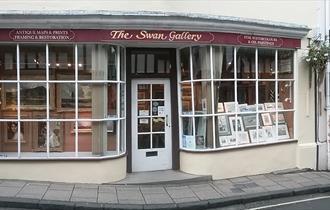 The shop window of the Swan Gallery Dorset
