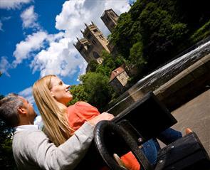 Bus tours in Durham