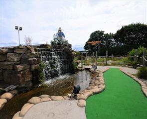 Mini golf in Durham