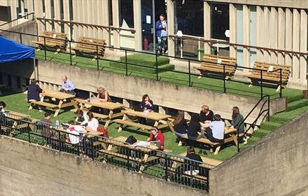 Riverside Bar & Cafe