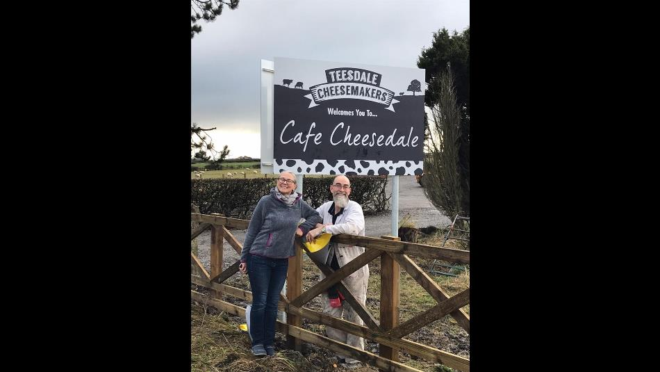 Cafe Cheesedale sign