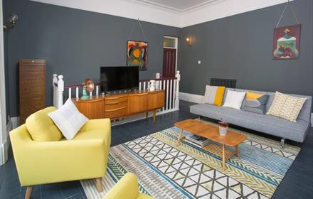 Western Hill Apartment