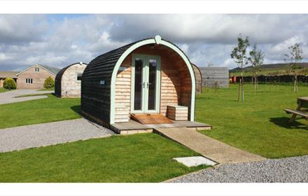 Wheelchair access at Hill Top Huts near Eggleston