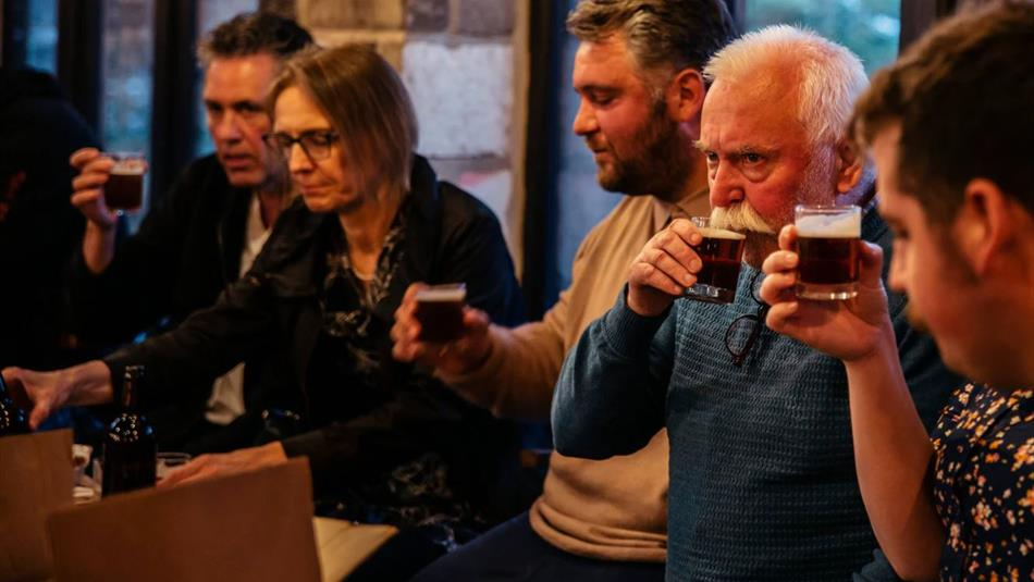 People drinking at Brewery Tours: South Causey Inn