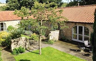 Edge Knoll Holiday Cottages external image