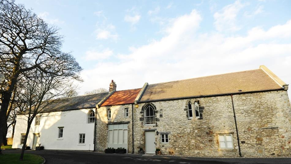 Tithe Barn Cottages - The Hayloft