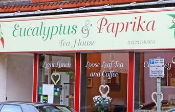 Eucalyptus & Paprika Tea House
