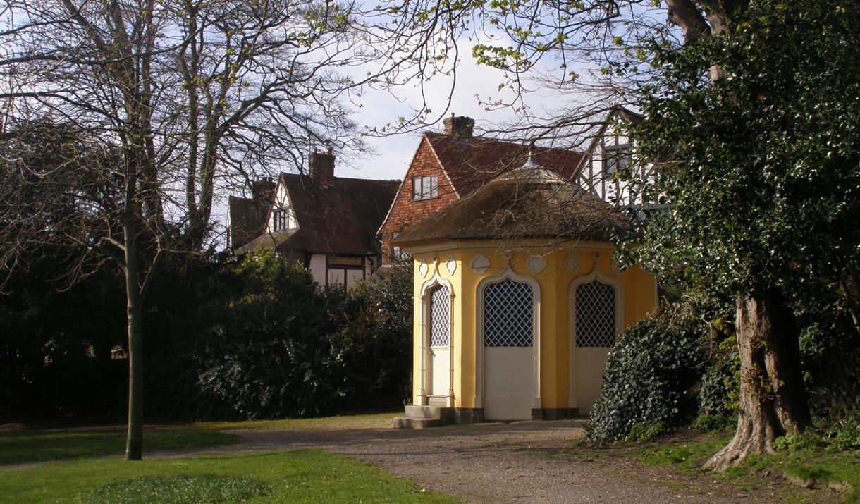 Manor Gardens Walk
