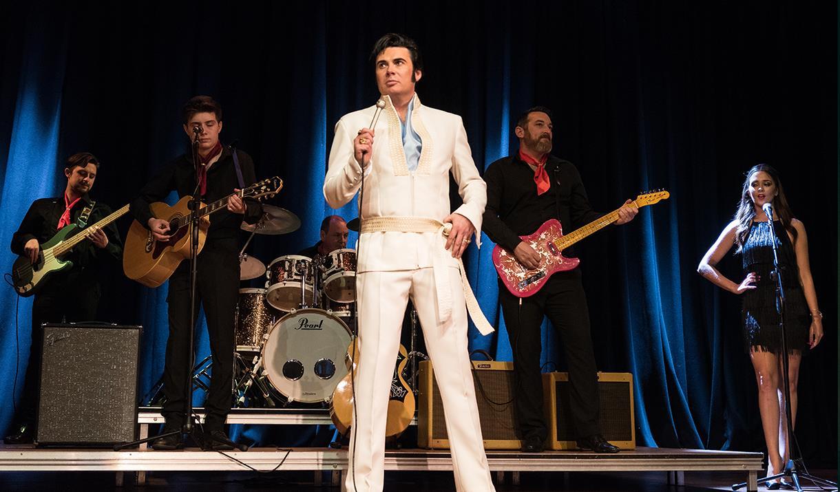 Elvis Tribute Mark Summers