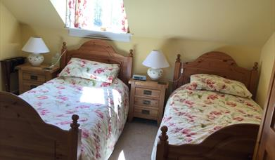 A twin bedroom at The Cross Keys Inn, Malton in East Yorkshire.
