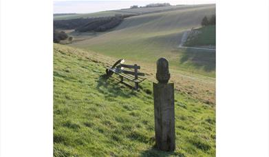 Wander bench at Camp Dale, Folkton Wold in the Yorkshire Wolds.