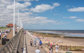 A promenade along the Transpennine trail, East Yorkshire