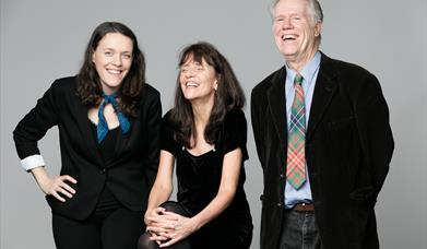 Loudon Wainwright III, Suzzy Roche, Lucy Wainwright Roche, in East Yorkshire