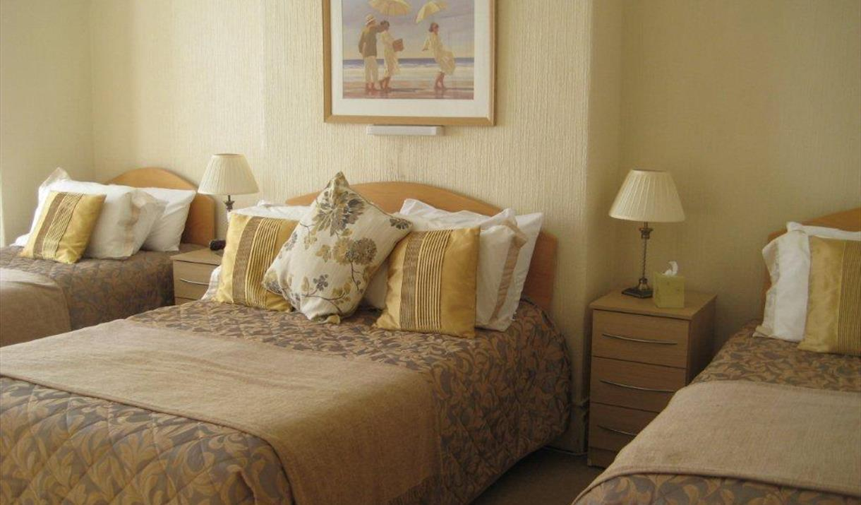 Family Room, Cleve Court Hotel, Paignton, Devon