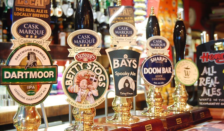Henry's Bar, Paignton, Devon