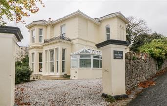 Exterior, Holcombe House, 1 Haldon Road, Torquay, Devon