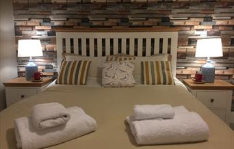Bedroom, Blue Waters Holiday Apartments, Paignton, Devon