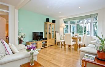 Open plan living room, Oldway Apartment, 30 Oldway Road, Paignton, Devon