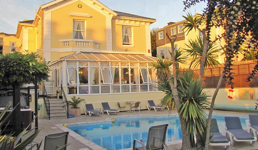 Riviera Lodge Hotel, Torquay - Outdoor heated pool & hot tub, private south facing garden.