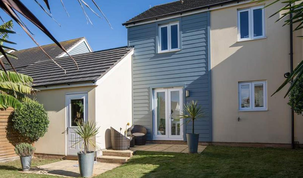 Back garden to Starfish, Brixham, Devon