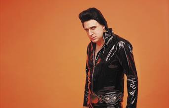 Tim Vine is Plastic Elvis, Babbacombe Theatre, Torquay, Devon