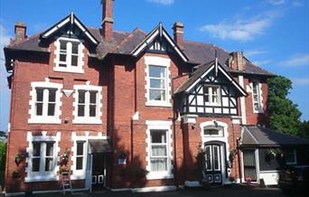 Exterior, Villa Garda Holiday Apartments, Torquay, Devon