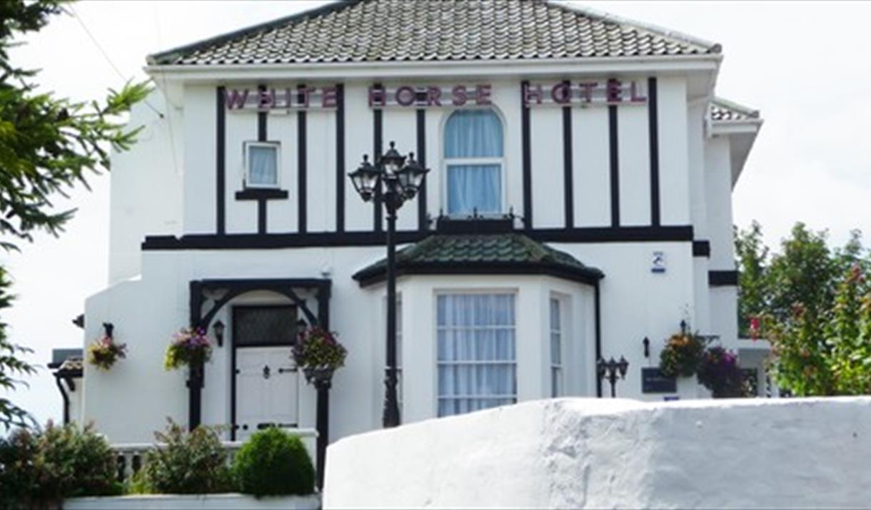 Exterior, White Horse Guest House, Churston Ferrers, Nr Brixham, Devon
