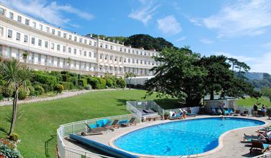 Osborne Hotel - cresent and pool
