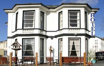 Exterior, Tor Dean Guest House, Torquay, Devon