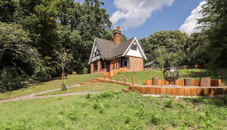 Baldwin's Hill Cottage in Epping Forest.