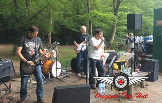 Ruby Falls performing at the Original Tea Hut, High Beech in Epping Forest
