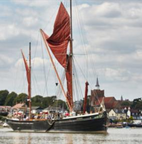 """Win a """"Hands On"""" Sail Day"""