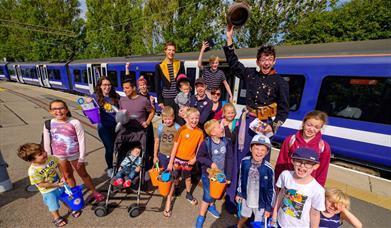 Bucket & Spade Train