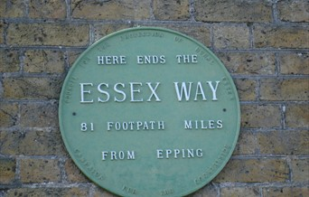 Essex Way sign