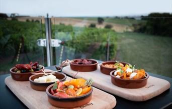 Crouch Ridge Vineyard Dining
