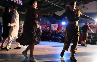 40s & 50s Vulcan Hangar Dance