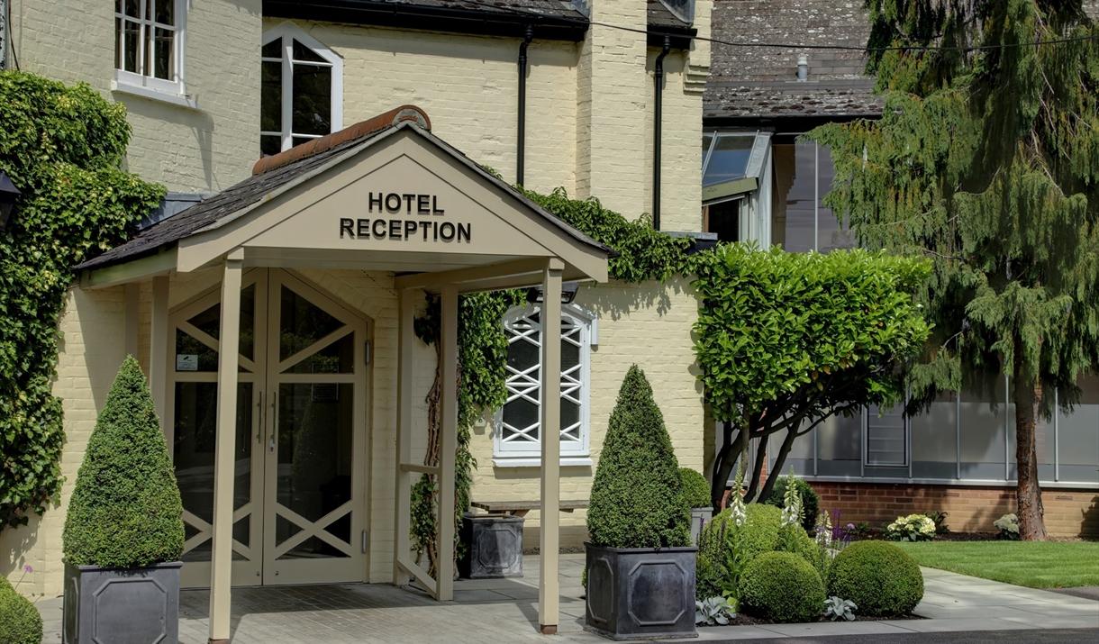 Ivy Hill Hotel