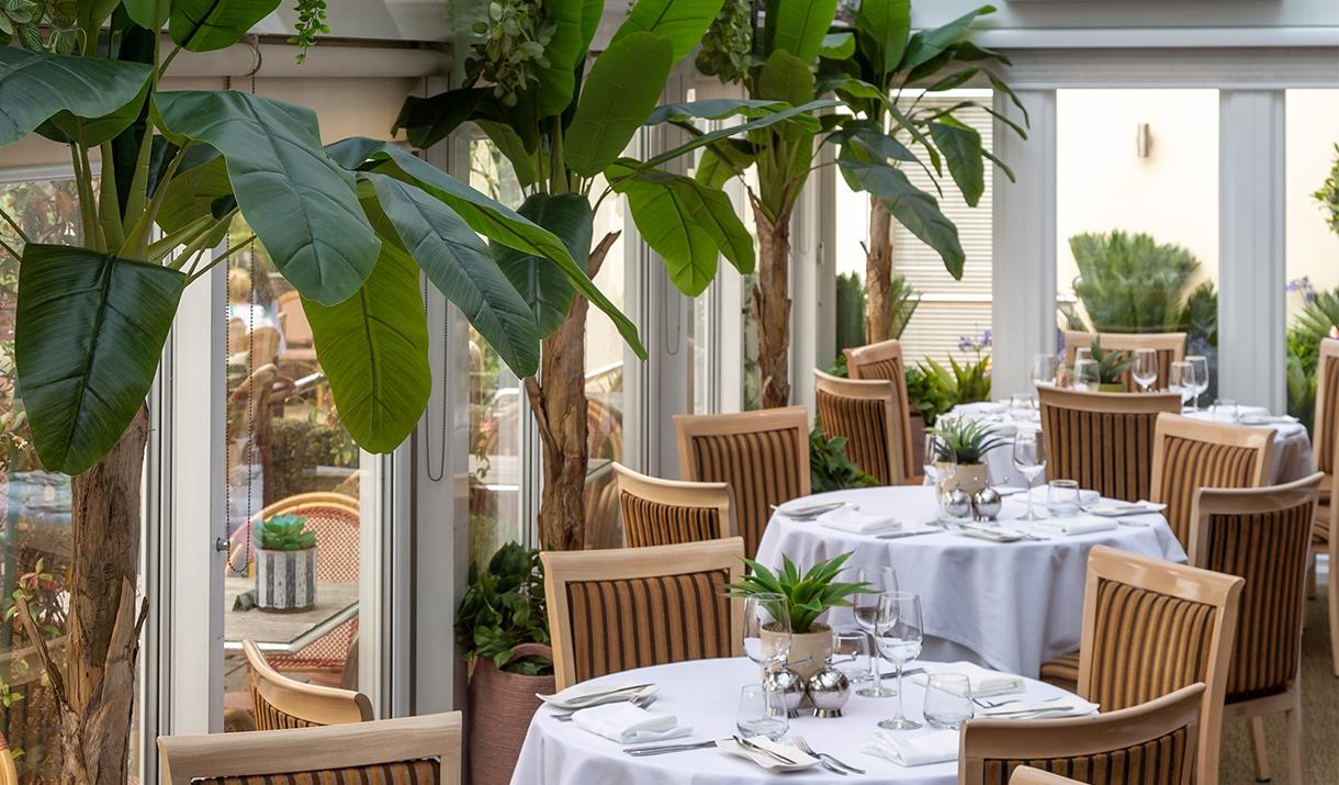 Roslin Beach Hotel Restaurant